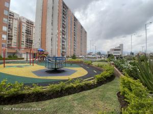 Apartamento En Ventaen Bogota, Castilla, Colombia, CO RAH: 22-796