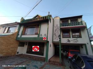 Hotel En Ventaen Bogota, Morato, Colombia, CO RAH: 22-802