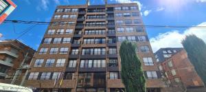 Apartamento En Ventaen Bogota, Chico Norte Iii, Colombia, CO RAH: 22-830
