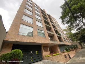 Apartamento En Ventaen Bogota, Bella Suiza, Colombia, CO RAH: 22-862