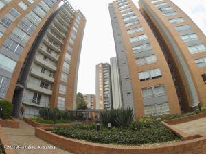 Apartamento En Ventaen Bogota, Cedritos, Colombia, CO RAH: 22-865