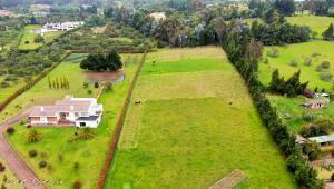 Terreno En Ventaen Chia, Yerbabuena, Colombia, CO RAH: 22-875