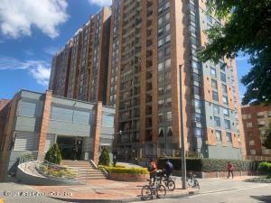 Apartamento En Ventaen Bogota, Cedritos, Colombia, CO RAH: 22-877
