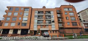 Apartamento En Arriendoen Bogota, Pasadena, Colombia, CO RAH: 22-890