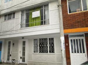 Casa En Ventaen Bogota, Vision De Colombia, Colombia, CO RAH: 22-1057