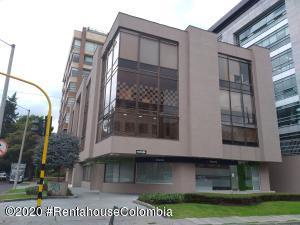 Oficina En Ventaen Bogota, Chico, Colombia, CO RAH: 22-1062