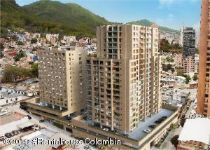 Apartamento En Ventaen Bogota, San Martin, Colombia, CO RAH: 22-938