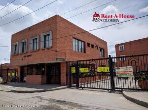 Casa En Ventaen Soacha, Compartir, Colombia, CO RAH: 22-958