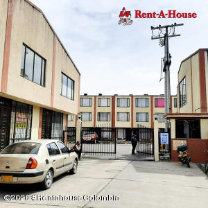 Casa En Ventaen Funza, Centro Funza, Colombia, CO RAH: 22-961