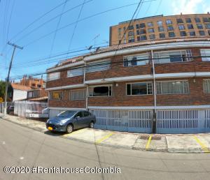 Apartamento En Ventaen Bogota, Cedritos, Colombia, CO RAH: 22-999