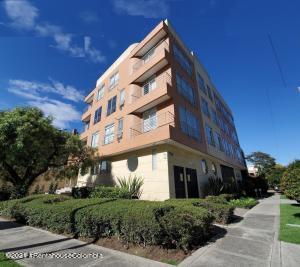 Apartamento En Ventaen Bogota, La Calleja, Colombia, CO RAH: 22-1007