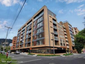 Apartamento En Ventaen Bogota, La Carolina, Colombia, CO RAH: 22-1012