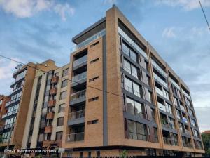 Apartamento En Ventaen Bogota, La Carolina, Colombia, CO RAH: 22-1013