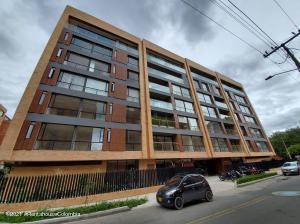 Apartamento En Ventaen Bogota, La Carolina, Colombia, CO RAH: 22-1019