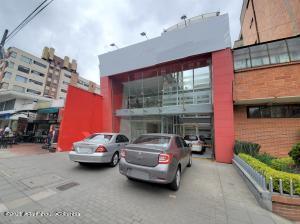 Local Comercial En Arriendoen Bogota, Santa Bárbara, Colombia, CO RAH: 22-1028