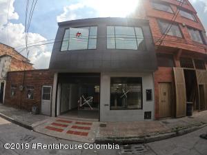 Local Comercial En Arriendoen Bogota, Los Cerezos, Colombia, CO RAH: 22-1030