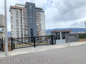 Apartamento En Ventaen Bogota, Club Los Lagartos, Colombia, CO RAH: 22-1051