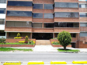 Apartamento En Ventaen Bogota, Santa Bárbara, Colombia, CO RAH: 22-1059