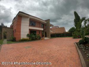 Casa En Ventaen Chia, Yerbabuena, Colombia, CO RAH: 22-1067