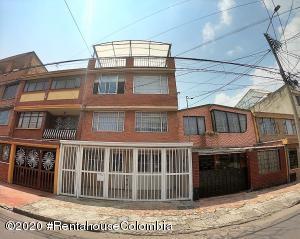 Casa En Ventaen Bogota, Bonanza, Colombia, CO RAH: 22-1074