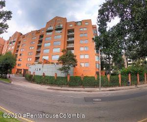 Apartamento En Ventaen Bogota, Bella Suiza, Colombia, CO RAH: 22-1080