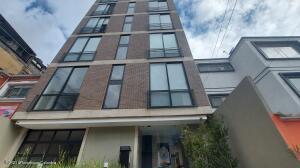 Apartamento En Arriendoen Bogota, Teusaquillo, Colombia, CO RAH: 22-1117