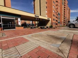 Apartamento En Ventaen Madrid, La Prosperidad, Colombia, CO RAH: 22-1133