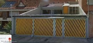 Casa En Ventaen Bogota, Cedritos, Colombia, CO RAH: 22-1156