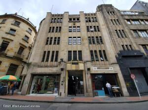 Oficina En Ventaen Bogota, Santa Ines, Colombia, CO RAH: 22-1157