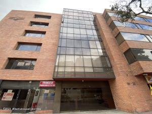 Oficina En Ventaen Bogota, Chico Reservado, Colombia, CO RAH: 22-1194