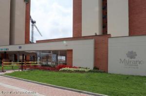 Apartamento En Ventaen Madrid, La Prosperidad, Colombia, CO RAH: 22-1234