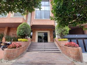 Oficina En Ventaen Bogota, Santa Barbara Oriental, Colombia, CO RAH: 22-1247