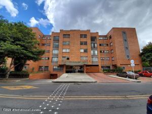 Apartamento En Ventaen Bogota, Cedritos, Colombia, CO RAH: 22-1256