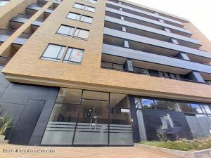Apartamento En Ventaen Bogota, Nueva Autopista, Colombia, CO RAH: 22-1284