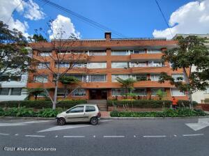 Apartamento En Ventaen Bogota, Chico Norte, Colombia, CO RAH: 22-1299