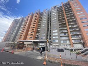 Apartamento En Ventaen Bogota, Portales Del Norte, Colombia, CO RAH: 22-1308