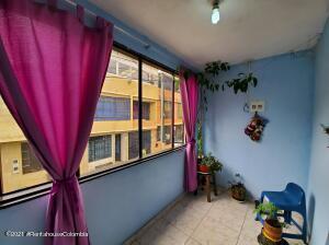 Apartamento En Ventaen Fusagasuga, Vereda Fusagasuga, Colombia, CO RAH: 22-1306