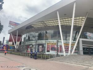 Local Comercial En Ventaen Bogota, Niza, Colombia, CO RAH: 22-1330