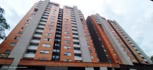 Apartamento En Ventaen Envigado, Senorial, Colombia, CO RAH: 22-1332
