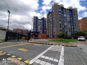 Apartamento En Ventaen Bogota, Ciudad Salitre Nor Oriental, Colombia, CO RAH: 22-1334