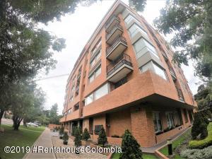 Apartamento En Arriendoen Bogota, La Carolina, Colombia, CO RAH: 22-1335