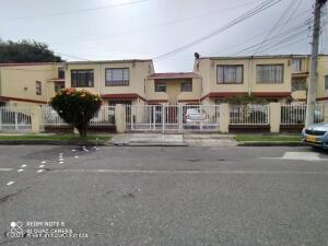 Apartamento En Ventaen Bogota, Cedritos, Colombia, CO RAH: 22-1337