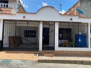 Casa En Ventaen Cucuta, Juan Atalaya, Colombia, CO RAH: 22-1343