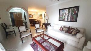 Apartamento En Ventaen Barranquilla, Alto Prado, Colombia, CO RAH: 22-1345