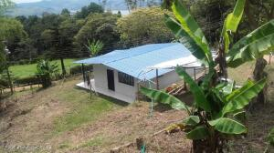 Casa En Ventaen Calima, El Darien, Colombia, CO RAH: 22-1358