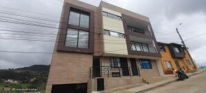 Apartamento En Ventaen La Calera, La Florida, Colombia, CO RAH: 22-1368
