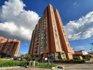 Apartamento En Ventaen Bogota, Hayuelos, Colombia, CO RAH: 22-1365
