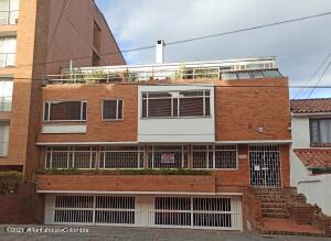 Apartamento En Ventaen Bogota, Cedritos, Colombia, CO RAH: 22-1367
