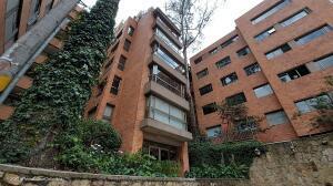 Apartamento En Ventaen Bogota, Los Rosales, Colombia, CO RAH: 22-1370