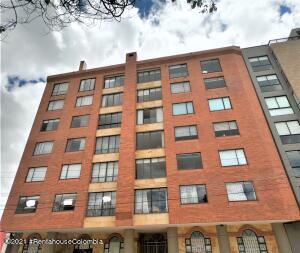 Apartamento En Ventaen Bogota, El Contador, Colombia, CO RAH: 22-1383
